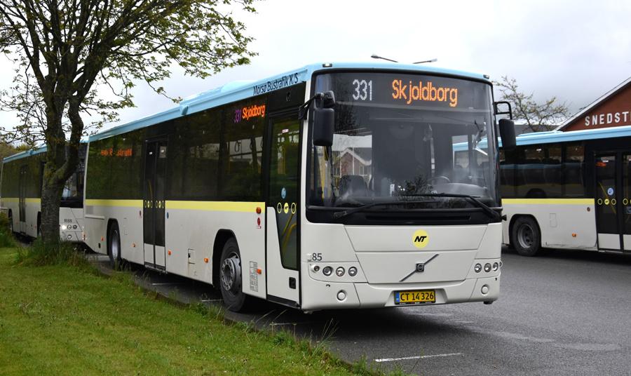 Morsø Bustrafik 85/CT14326 i Snedsted den 26. maj 2021