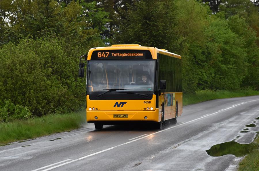 Ditobus 4658/VU91499 nær Hallund den 27. maj 2021