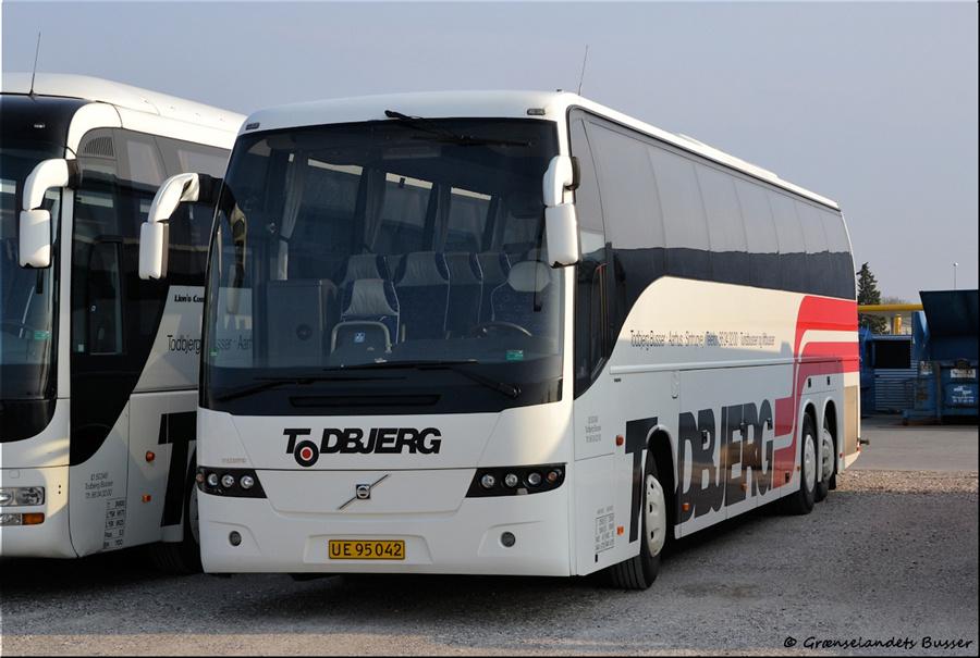 Todbjerg Busser UE95042 i garagen i Brabrand den 21. april 2012
