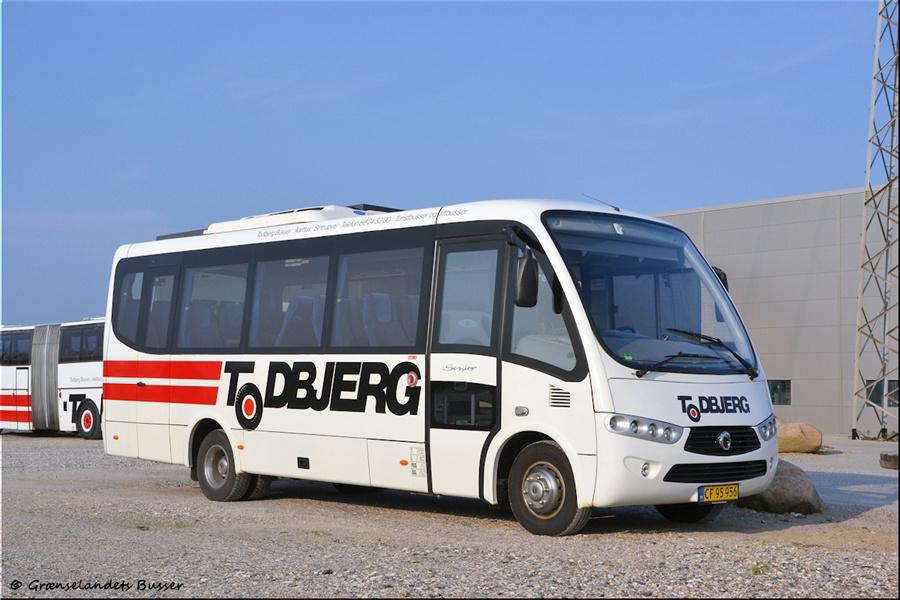 Todbjerg Busser 55/CF95956 i garagen i Brabrand den 21. april 2012