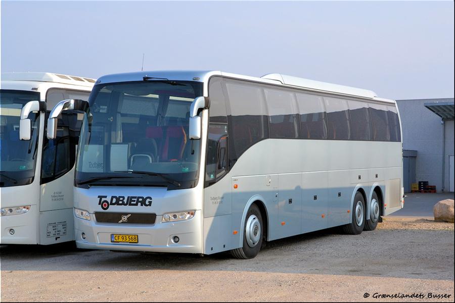 Todbjerg Busser 3/CF935682 i garagen i Brabrand den 21. april 2012