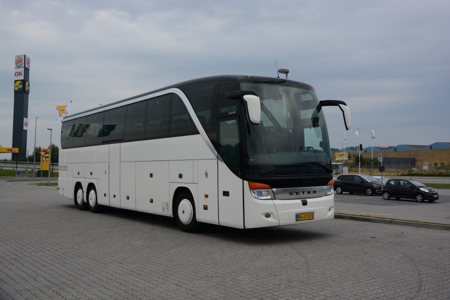 Mortens Busser DA42815 i Nyborg den 10. september 2021