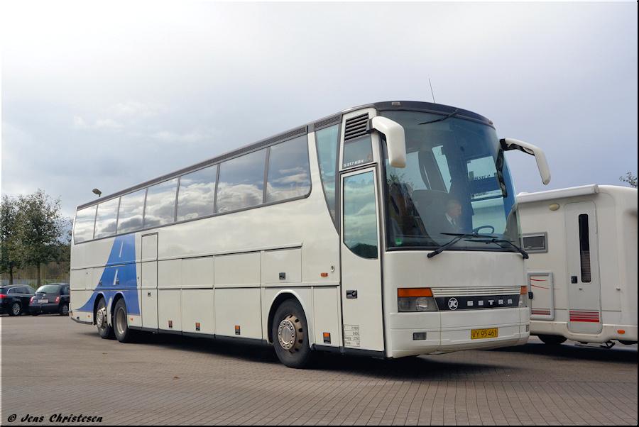 Engesvang Turistfart VY95461 i Harrislee i Tyskland den 19. september 2012