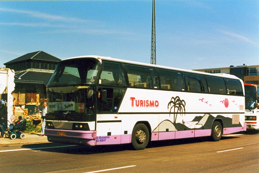 A-busserne/Turismo OK97647 på Ingerslevsgade i København d. 10. juni 2000