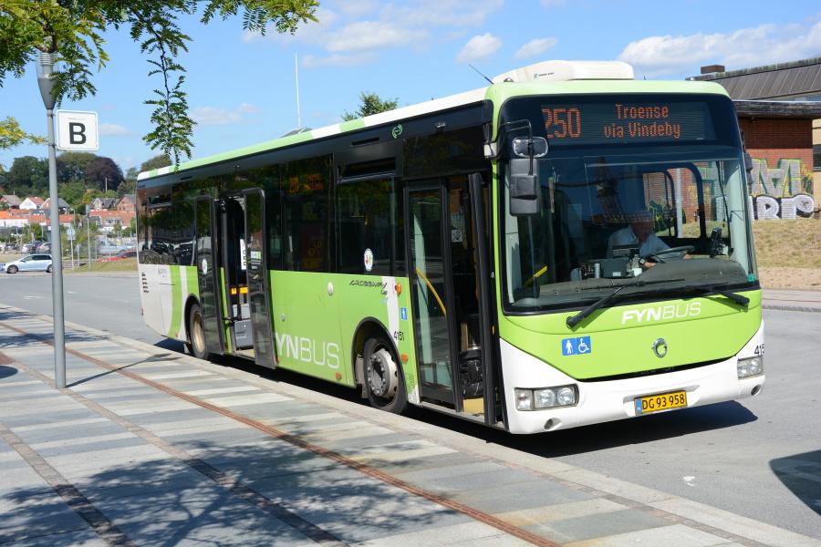 Arriva 4151/DG93958 ved Svendborg Rutebilstation den 23. juli 2019
